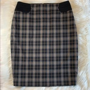 The Limited plaid stretch pencil skirt